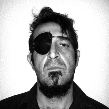 """Willy Fuego"", José Luis Ferrer Músic i Cantant - ""La Kinky Beat"""